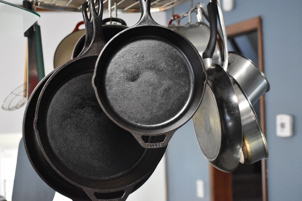 How to clean black residue off cast iron skillet
