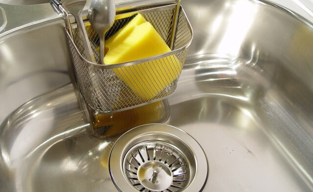 5 Ways how to remove scratches from stainless steel sink